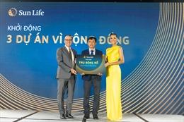 Hoa hậu H'Hen Niê truyền cảm hứng bằng những đóng góp cho cộng đồng