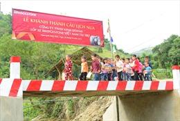 """""""Chiếc cầu nối dài tri thức"""" đem lại niềm vui cho học sinh Điện Biên và Đắk Lắk"""