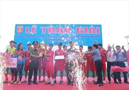 THPT Ngô Sỹ Liên giành Cúp vô địch tại Giải bóng đá học sinh Hà Nội