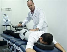 ACC mang giải pháp điều trị các bệnh cơ xương khớp không dùng thuốc đến Đà Nẵng