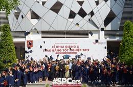 Trường Trung cấp Bách khoa Sài Gòn trao bằng tốt nghiệp 2019