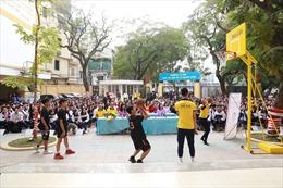 Lắp đặt 110 trụ bóng rổ cho 81 trường học cả nước