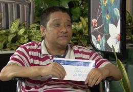 Nghị lực của chàng trai khuyết tật