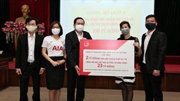 AIA Việt Nam hỗ trợ gói tài chính 25 tỷ đồng cho đội ngũ y, bác sĩ tuyến đầu chống dịch COVID-19