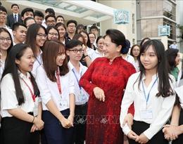 Chủ tịch Quốc hội Nguyễn Thị Kim Ngân thăm, làm việc tại ĐH Quốc gia TP Hồ Chí Minh
