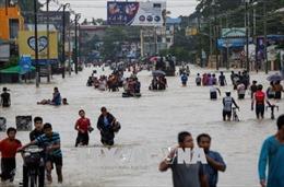 Lũ lụt và nguy cơ vỡ đê khiến 150.000 người Myanmar sơ tán