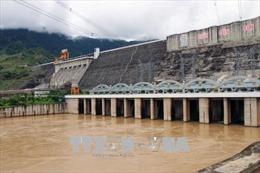 Từ 18 giờ hôm nay 7/8, đóng cửa xả đáy hồ thủy điện Sơn La