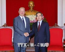 Trưởng ban Kinh tế TW Nguyễn Văn Bình tiếp cựu Phó Tổng Thống Hoa Kỳ Al Gore