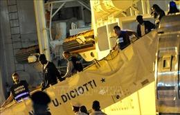 4 ngày có tới 140 người di cư cập bến, Cyprus họp khẩn cấp