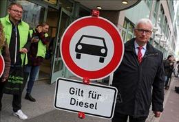Đức hối thúc doanh nghiệp ô tô 'chữa cháy'trước khi ra lệnh cấm ô tô diesel