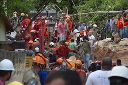 Sạt lở đất sau mưa lớn làm ít nhất 14 người thiệt mạng, mất tích