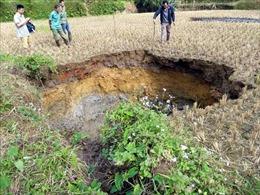 Tiếp tục xuất hiện hố sụt lún mới tại huyện Chợ Đồn, Bắc Kạn