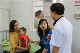 Liên hoan chúc mừng thầy cô, 192 trẻ mầm non tại Đông Anh nhập viện