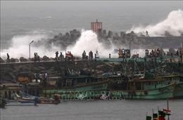 Bão Phethai hoành hành, hàng chục nghìn người Ấn Độ phải sơ tán khẩn cấp