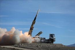 Iran xác nhận mới thử nghiệm tên lửa đạn đạo tầm trung