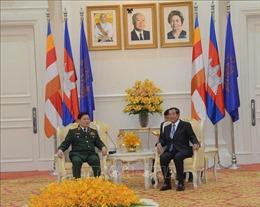 Thủ tướng Campuchia Samdech Techo Hun Sen tiếp Đại tướng Ngô Xuân Lịch