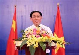 Phó Thủ tướng Vương Đình Huệ tiếp Chủ tịch Tập đoàn Clermont, Singapore