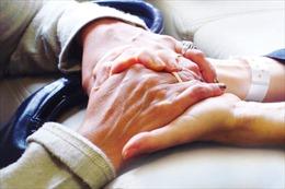 Những bệnh nhân ung thư trong năm đầu tiên phát hiện có nguy cơ tự tử cao hơn