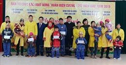 Phẫu thuật miễn phí cho trẻ em và tặng quà Tết người có công tại Lạng Sơn