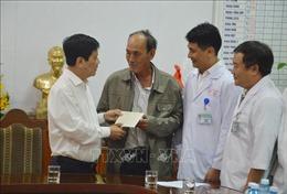 Thứ trưởng Bộ Công an thăm hỏi các nạn nhân vụ xe khách rơi xuống vực ở đèo Hải Vân