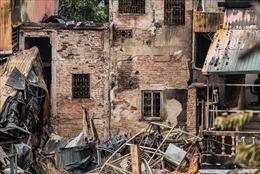 Hai thi thể phát hiện tại đám cháy ở Đê La Thành là đôi vợ chồng