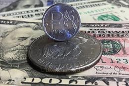 Nga giảm dần sự phụ thuộc vào đồng USD