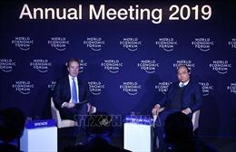 Thủ tướng Nguyễn Xuân Phúc đối thoại với Chủ tịch WEF chủ đề Việt Nam và thế giới
