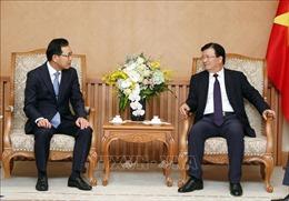 Phó Thủ tướng Trịnh Đình Dũng: Đề nghị Samsung ưu tiên đầu tư nghiên cứu phát triển