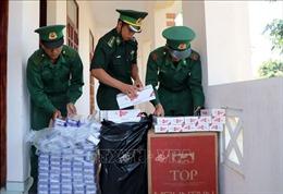 Vác hàng nghìn gói thuốc lá lậu qua biên giới ở An Giang