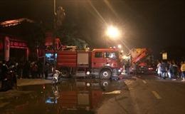 Cháy ngôi nhà 5 tầng bán giày dép tại Phú Xuyên, Hà Nội