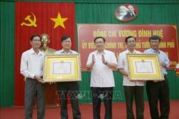 Phó Thủ tướng Vương Đình Huệ làm việc tại tỉnh Trà Vinh