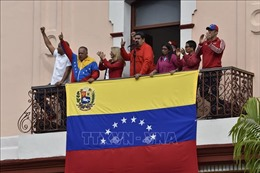 Chính phủ và phe đối lập Venezuela cùng phát động biểu tình lớn tại Caracas