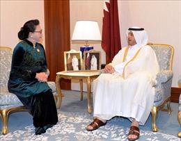 Chủ tịch Quốc hội Nguyễn Thị Kim Ngân hội kiến Thủ tướng Qatar