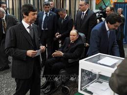 Algeria: Em trai của cựu Tổng thống Bouteflika và 2 cựu lãnh đạo cơ quan tình báo bị bắt giữ