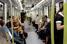 Australia chuẩn bị đưa vào khai thác tuyến tàu điện không người lái đầu tiên
