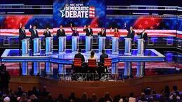Bầu cử Mỹ 2020: Các ứng cử viên đảng Dân chủ bước vào cuộc tranh luận thứ hai
