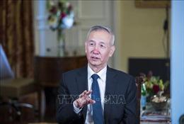 Phó Thủ tướng Trung Quốc điện đàm với các quan chức Mỹ