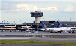 Máy bay chở 166 hành khách bị trượt khỏi đường băng