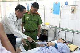 Hỗ trợ nạn nhân vụ tai nạn xe khách đối đầu xe tải ở Bình Thuận
