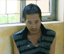 Khởi tố đối tượng dùng dao uy hiếp chủ tiệm vàng cướp tài sản ở Bạc Liêu