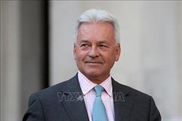 Nhiều thành viên Chính phủ từ chức trước thời điểm Anh có Thủ tướng mới
