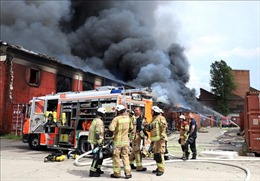 Trung tâm thương mại Đồng Xuân ở Berlin hoạt động trở lại sau vụ cháy kho hàng
