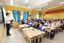 Hà Nội sẽ tổ chức xét tuyển giáo viên hợp đồng lâu năm