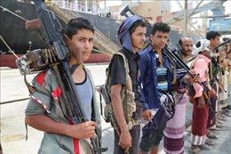 Houthi tấn công Saudi Arabia bằng tên lửa đạn đạo