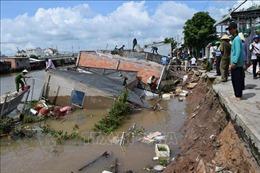 Khắc phục tình trạng sạt lở bờ sông nghiêm trọng ở Đồng Tháp