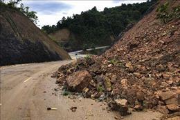 Mưa lớn gây sạt lở Quốc lộ 12,Điện Biên
