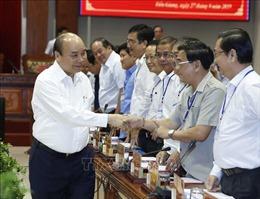 Thủ tướng làm việc với lãnh đạo các tỉnh, thành phố vùng Đồng bằng sông Cửu Long