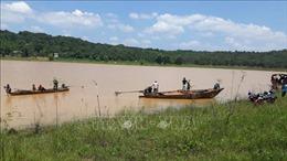 Tìm thấy thi thể thanh niên bị lật xuồng mất tích khi đi tìm gỗ quý