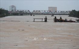 Mưa lớn diện rộng ở Trung Bộ, lũ đang lên tại các sông từ Hà Tĩnh đến Quảng Trị