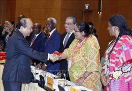 Thủ tướng Nguyễn Xuân Phúc tiếp Đoàn Đại sứ các nước Trung Đông - châu Phi
